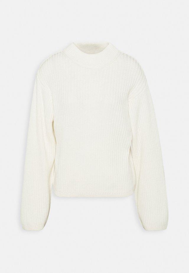 TESS SWEATER - Strikpullover /Striktrøjer - warm white