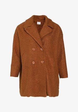 Winter coat - caramel