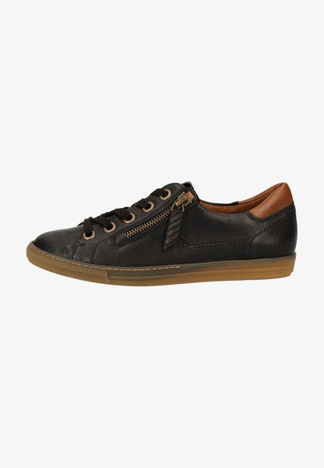 Sneakers laag - schwarz 067