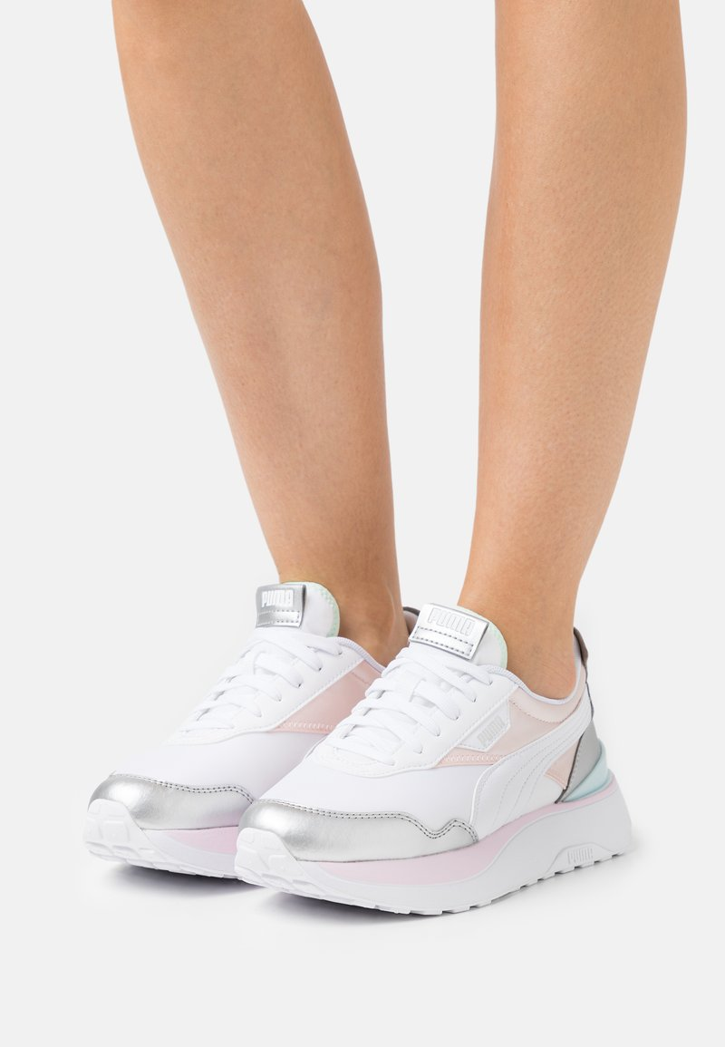 Puma - VEGAN CRUISE RIDER CHROME - Trainers - pink dogwood/silver