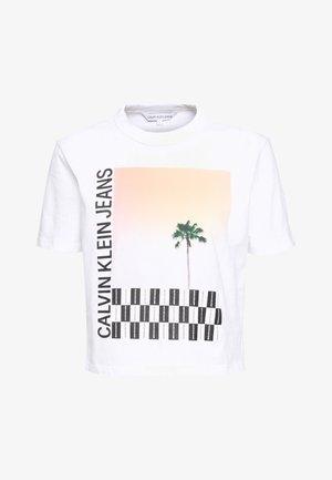 PALM TREE PHOTO LOGO SLIM TEE - Print T-shirt - bright white
