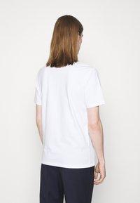 HUGO - DRINCE - Print T-shirt - white - 2
