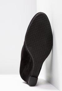 Carvela Comfort - RALLY - Korte laarzen - black - 6