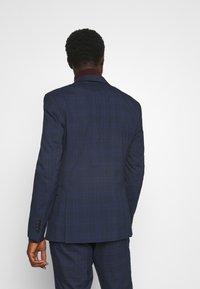 Selected Homme - MYLOLOGAN SUIT - Suit - navy blazer/brown - 3