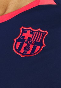 Nike Performance - FC BARCELONA DRY LIFESTYLE  - Equipación de clubes - blue void/lfusion red - 5