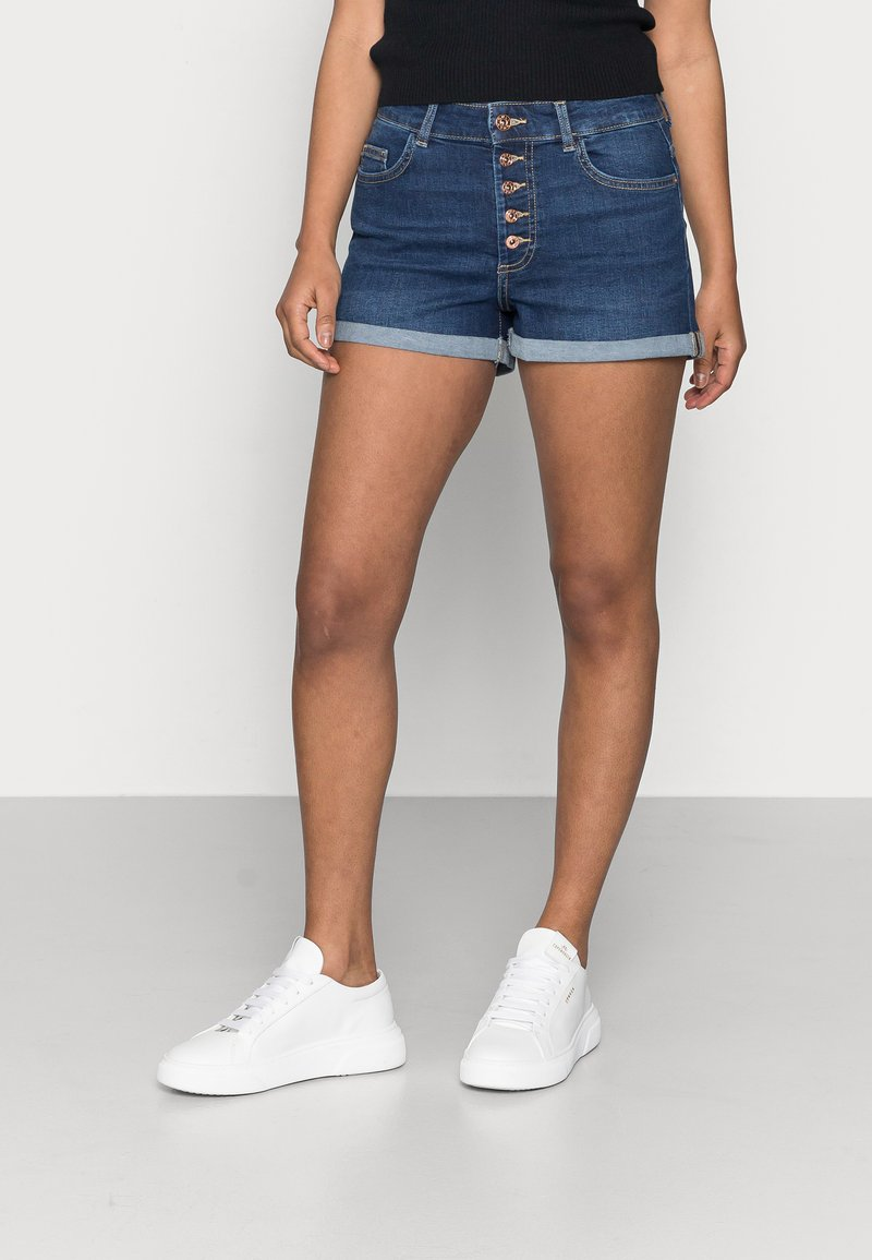 ONLY Petite - ONLHUSH BUTTON PETIT - Denim shorts - dark blue denim