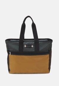 HACKNEY UNISEX - Handbag - anthracite/chestnut/dune