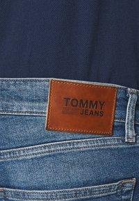 Tommy Jeans - SCANTON SLIM - Slim fit jeans - light-blue denim - 4