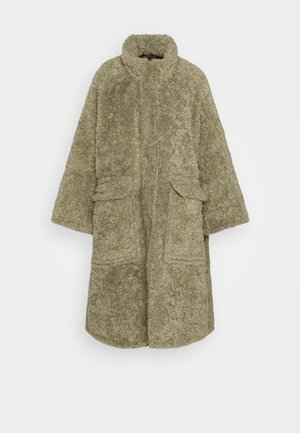 L-TAKY JACKET - Classic coat - green