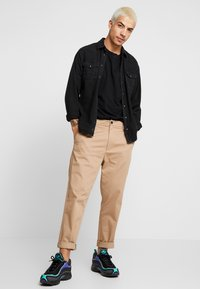 AllSaints - MATEO  CREW - Basic T-shirt - black - 1