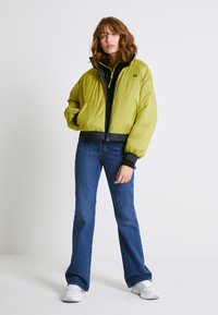 Levi's® - LYDIA REVERSIBLE PUFFER - Winter jacket - salute - 2
