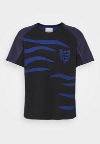 KOCHÉ - Camiseta estampada - black - 3