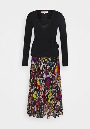 ECHEANCE ROBE - Jumper dress - black