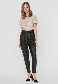Vero Moda - PAPERBAG - Trousers - black - 1