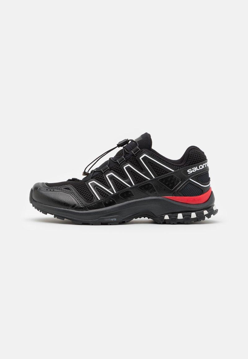 Salomon - XA-COMP ADV UNISEX - Sneakers basse - black/white/goji berry