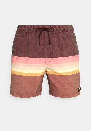 LAYERED VOLLEY - Swimming shorts - washed red