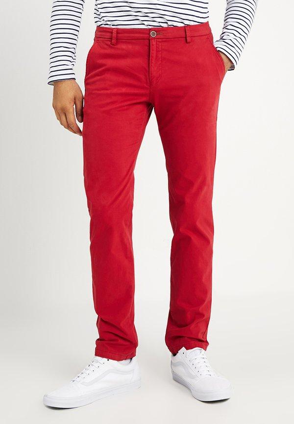 Bugatti Chinosy - red/czerwony Odzież Męska YOLS