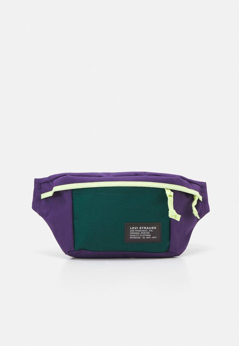 Levi's® - LARGE BANANA SLING UNISEX - Bum bag - regular purple