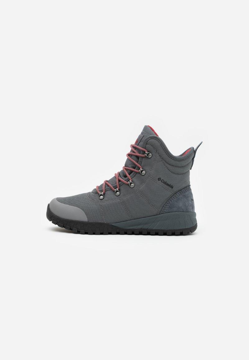 Columbia - FAIRBANKS OMNI-HEAT - Winter boots - grey steel/red jasper