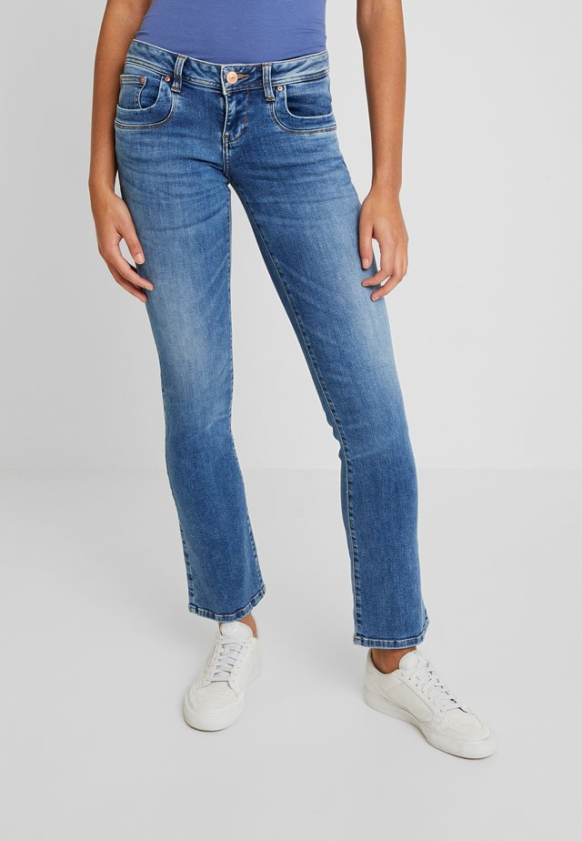 VALERIE - Jeans Bootcut - yule wash