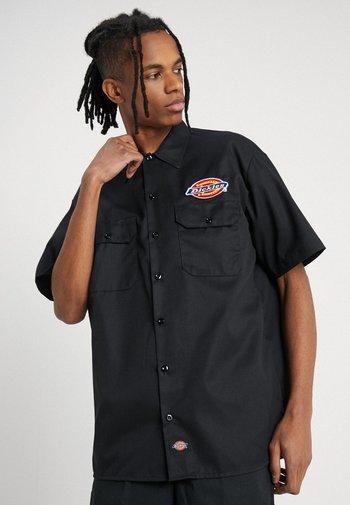 CLINTONDALE - Shirt - black