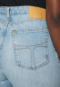 Tiger of Sweden Jeans - LORE - Džíny Straight Fit - light blue - 5