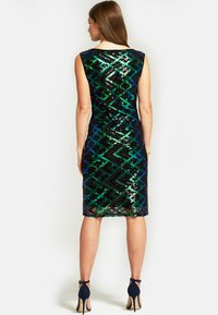 HotSquash - SLEEVELESS SEQUIN - Cocktail dress / Party dress - green - 2