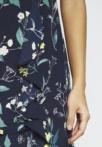 Banana Republic - VNECK HI LOW - Maxi šaty - navy floral - 5