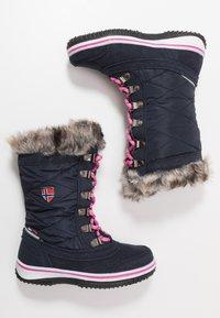 TrollKids - HOLMENKOLLEN UNISEX - Winter boots - navy/magenta - 0