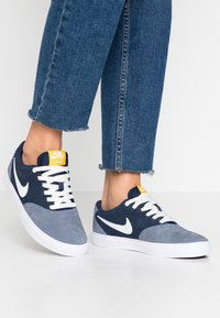 Nike SB - CHECK SOLAR - Sneakers laag - light armory blue/summit white/midnight navy - 0
