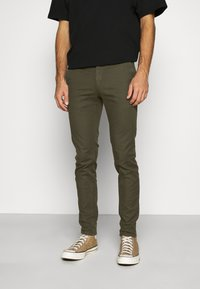 Scotch & Soda - MOTT CLASSIC GARMENT - Chino - army - 0
