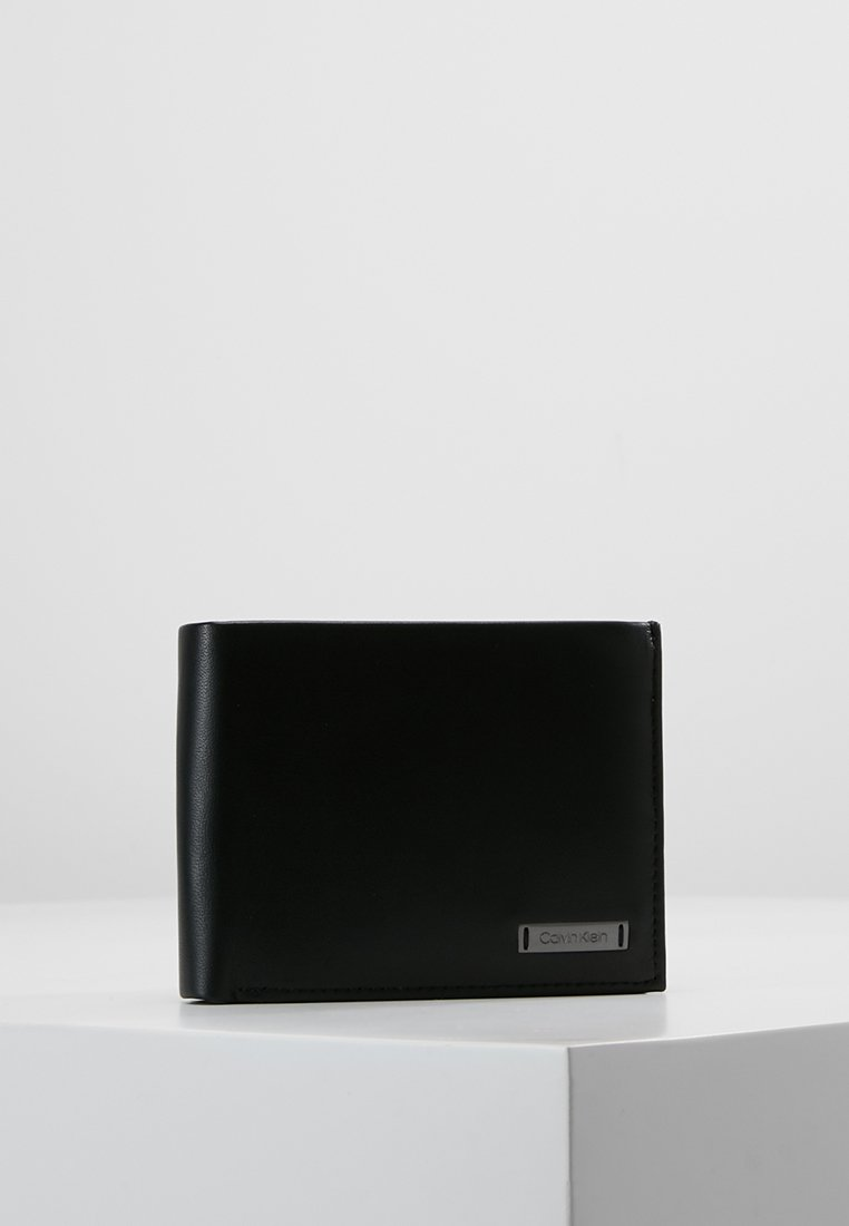 Calvin Klein - SMOOTH PLAQUE COIN PASS - Wallet - black