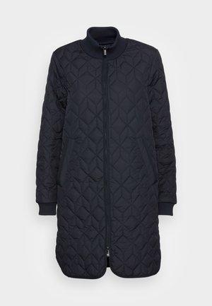 PADDED QUILT COAT - Classic coat - dark indigo