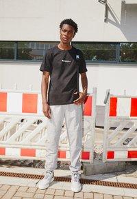 N°21 - Print T-shirt - black - 2
