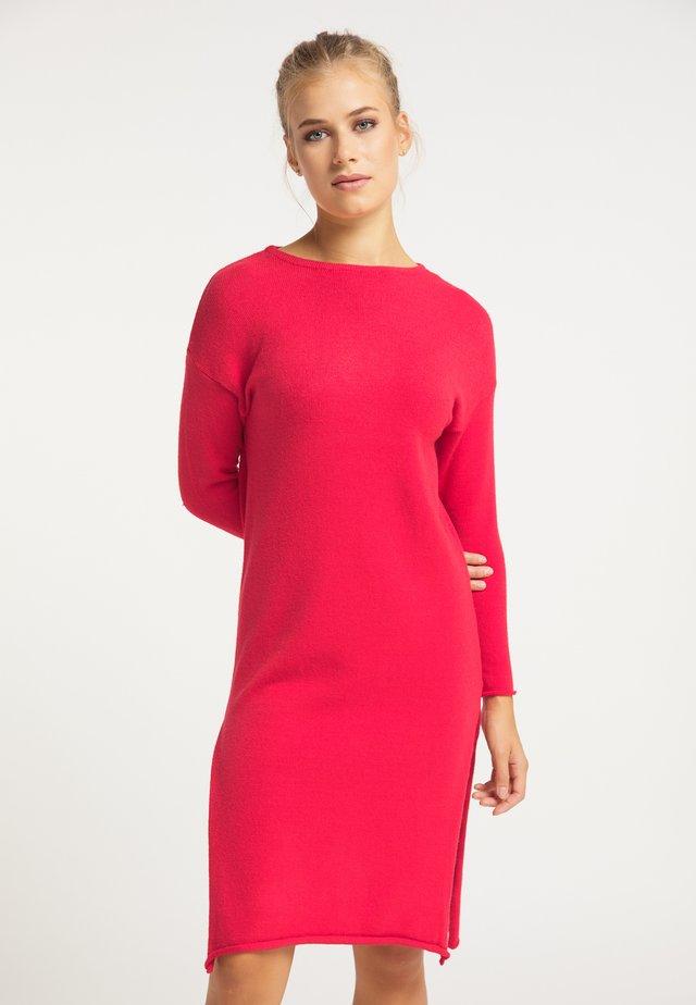 Pletené šaty - rot