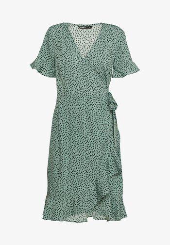 ONLOLIVIA  - Korte jurk - green/black
