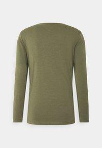 Tommy Hilfiger - SLIM FIT TEE - Long sleeved top - green - 1
