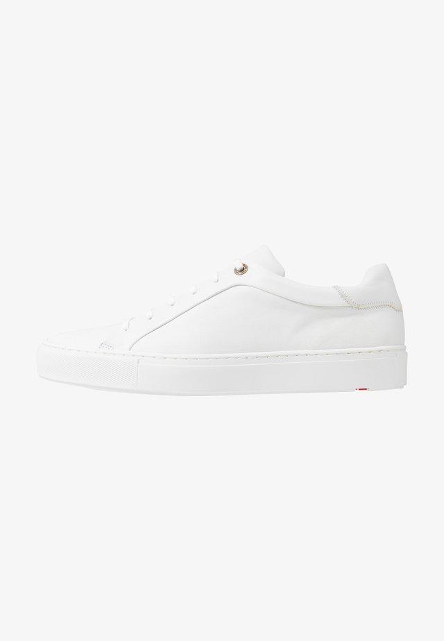 AJAN - Sneakers laag - weiß