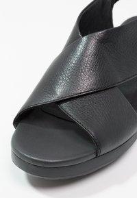 Camper - BALLOON - Platform sandals - sella - 6