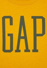 GAP - BOY LOGO CREW - Sweatshirt - rugby gold - 2