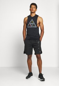 Under Armour - PROJECT ROCK MANA TANK - Top - black/summit white - 1