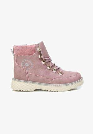 Botines con cordones - rosa