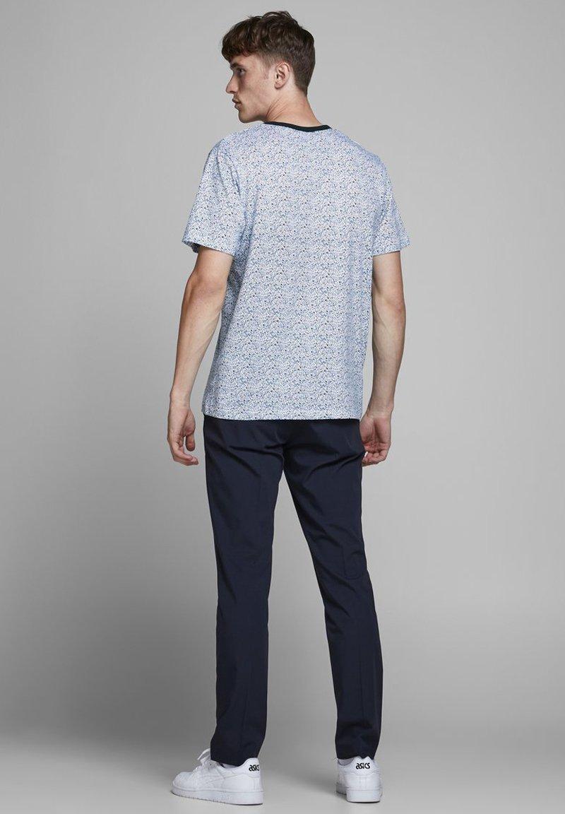 Jack & Jones PREMIUM Print T-shirt - white jEWaK