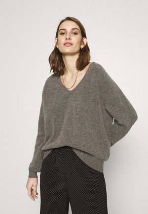 FRANCES V NECK  - Jumper - warm grey