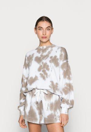 LEELA - Sweater - beige batik