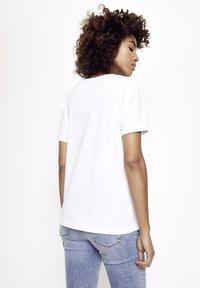 Five Fellas - Print T-shirt - white - 1