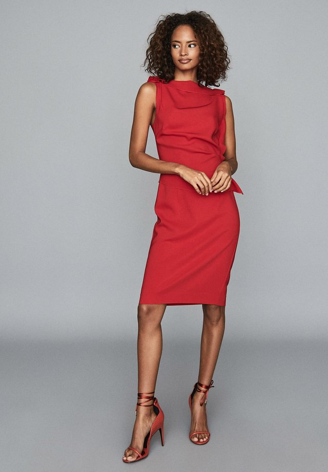 Shift dress - red