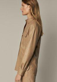 Massimo Dutti - Leather jacket - beige - 5
