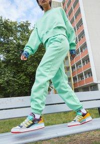 adidas Originals - PANTS - Pantalones deportivos - glory mint - 2