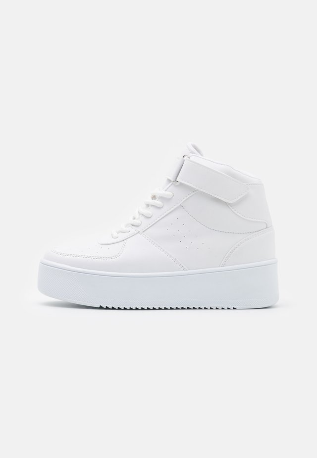 HIGH TOP CLASSIC TRAINER - Sneakers hoog - white
